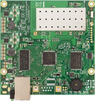 MikroTik RB711-2Hn 400 MHz CPU, 32 MB RAM, 1x LAN, 1x 2,4 GHz, L3, MMCX - RB711-2Hn