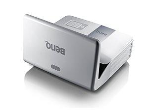 BenQ DLP Projektor MW843UST/WXGA/3000 ANSI/13000:1/LAN/HDMI/3D/2x10W repro/držák na stěnu - 9H.JCC77.13E